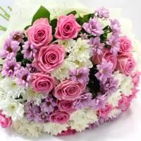 Сборный букет роз и хризантемы R011