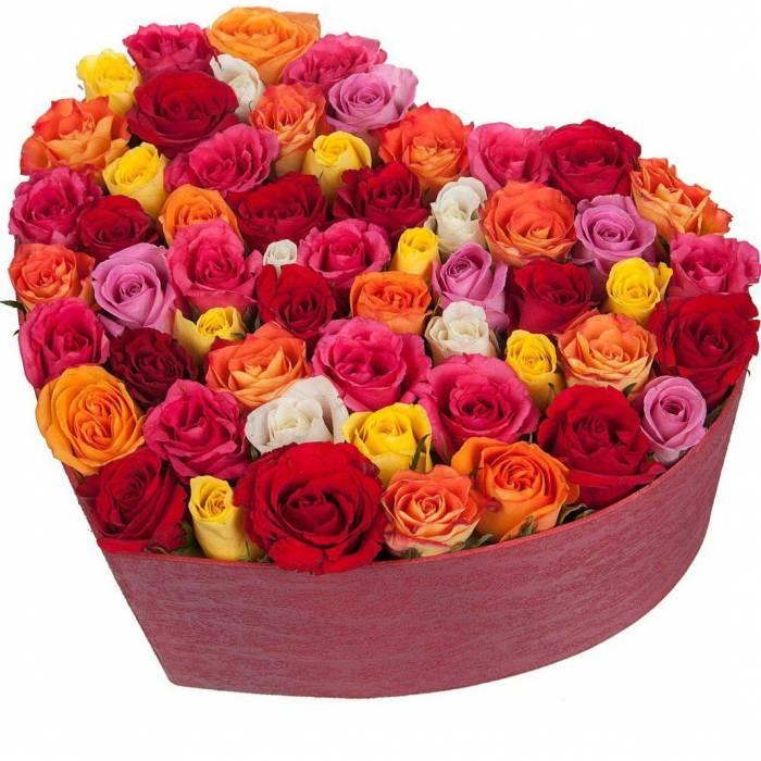 Коробка сердце 51 роза микс R046