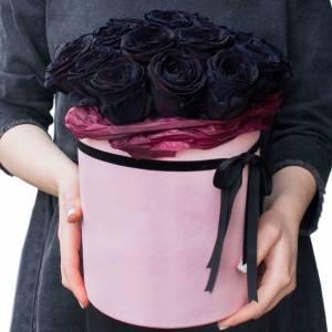 15 черных роз в розовой коробке R822
